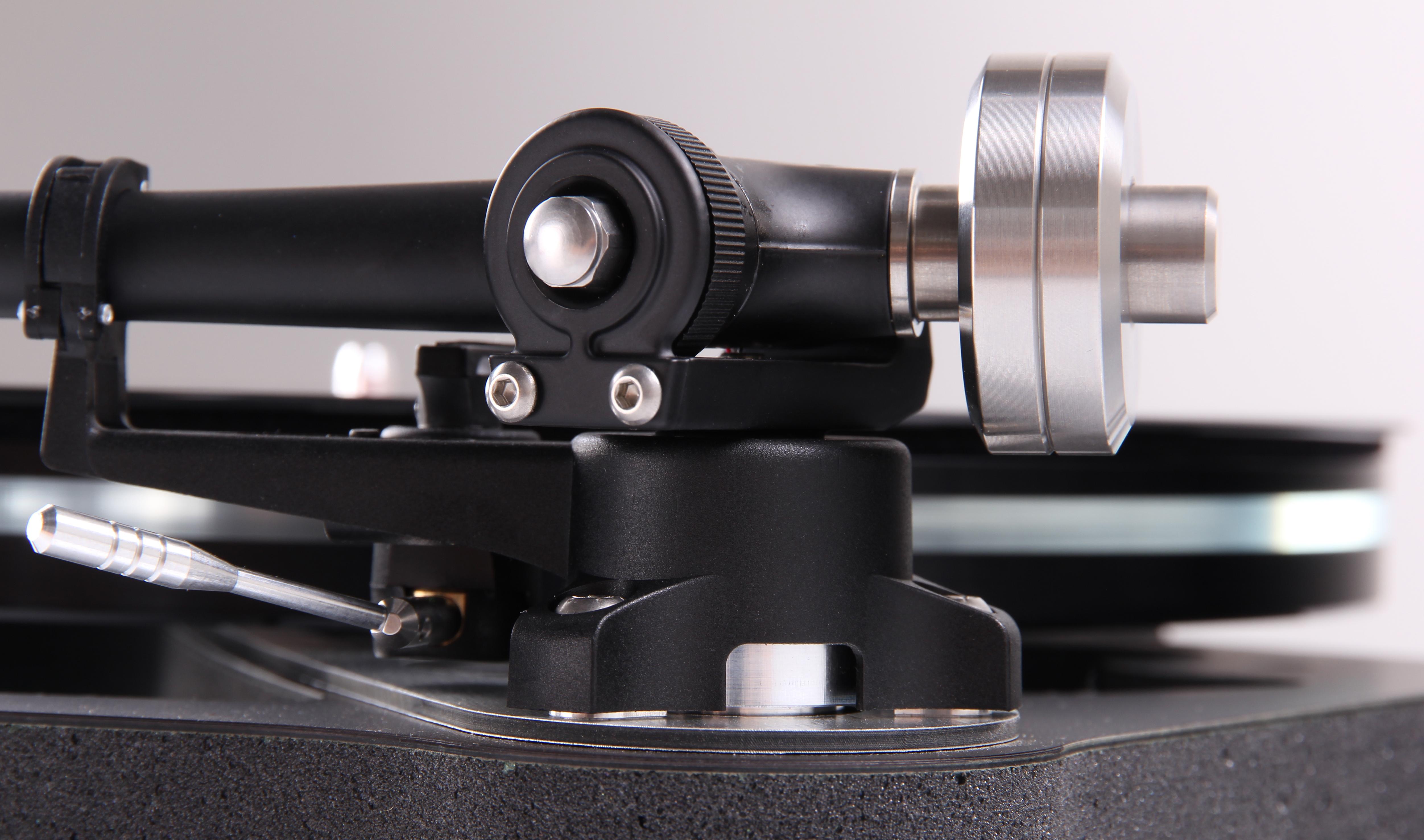 RB880 トーンアームを搭載 発売以来高い評価をされている…